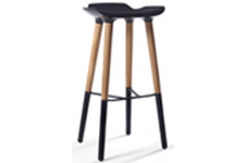 Pilot stool with wooden legs